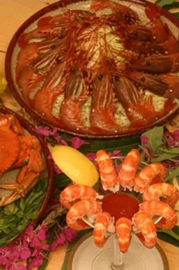 A delectable seafood platter.